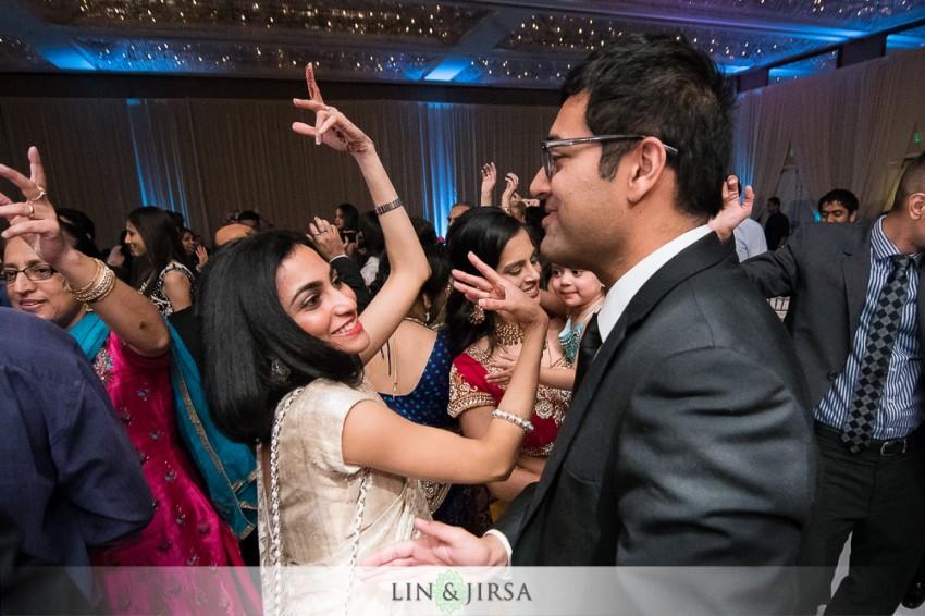 25-hyatt-regency-long-beach-indian-wedding-reception-photos