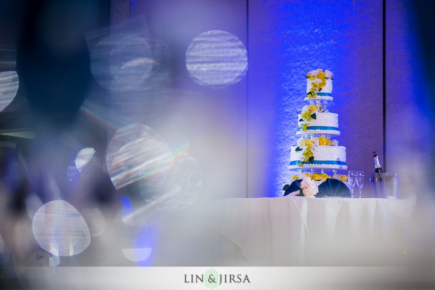 29-hilton-san-gabriel-wedding-photographer-wedding-reception-photos
