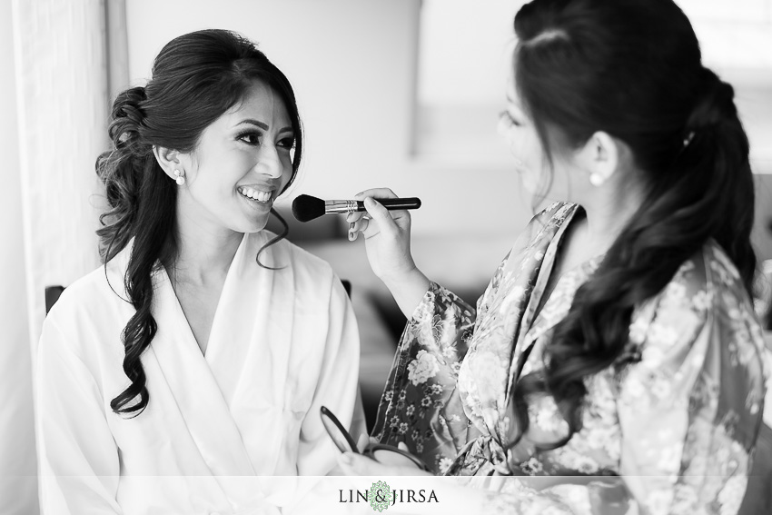03-the-la-hotel-downtown-wedding-photographer-getting-ready-photos