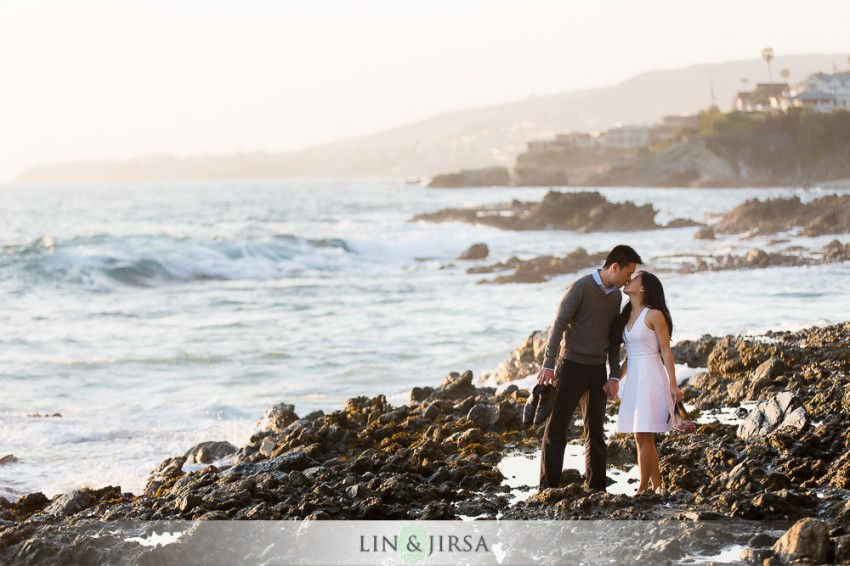 16-gorgeous-orange-county-outdoor-engagement-photos