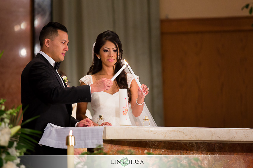 17-the-la-hotel-downtown-wedding-photographer-wedding-ceremony-photos