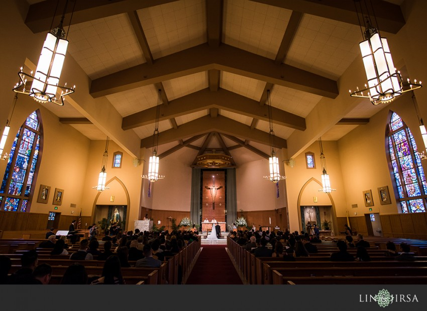 19-the-la-hotel-downtown-wedding-photographer-wedding-ceremony-photos