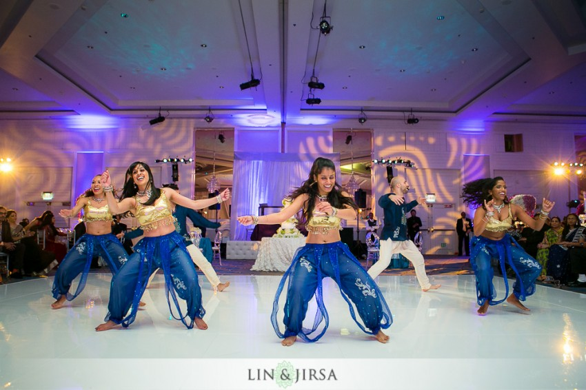 26-sheraton-universal-hotel-indian-wedding-photographer-wedding-reception-photos