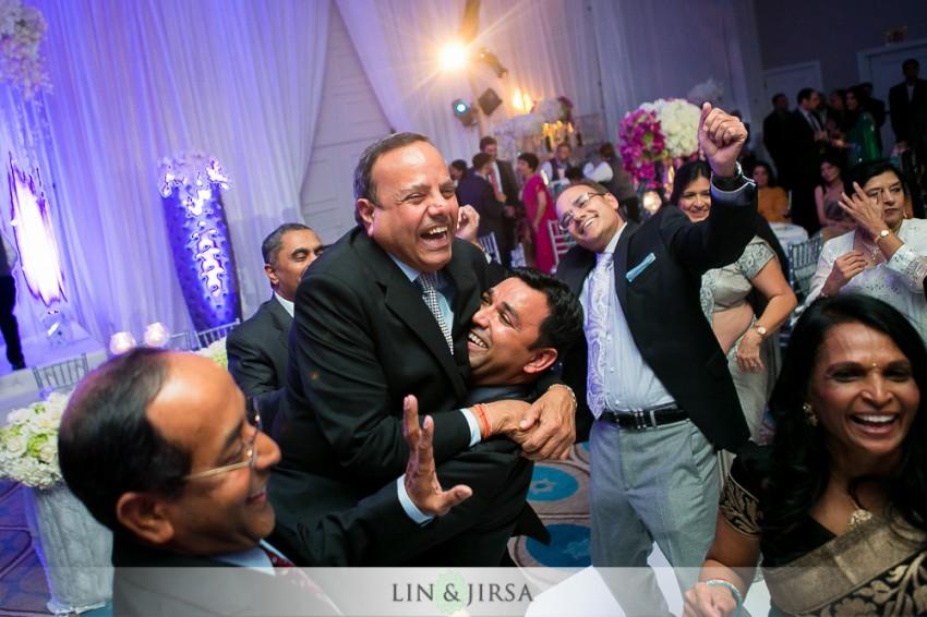 28-sheraton-universal-hotel-indian-wedding-photographer-wedding-reception-photos