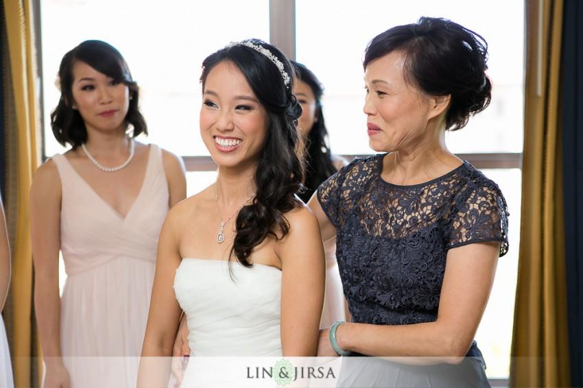 05-beautiful-langham-huntington-pasadena-wedding-getting-ready-photos