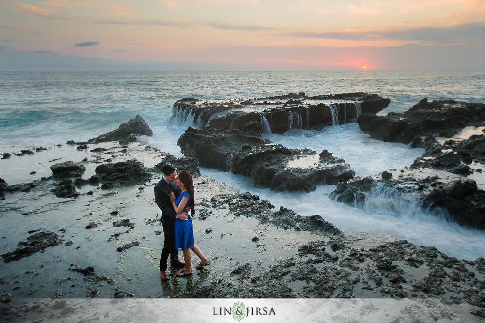 15-laguna-beach-engagement-photos