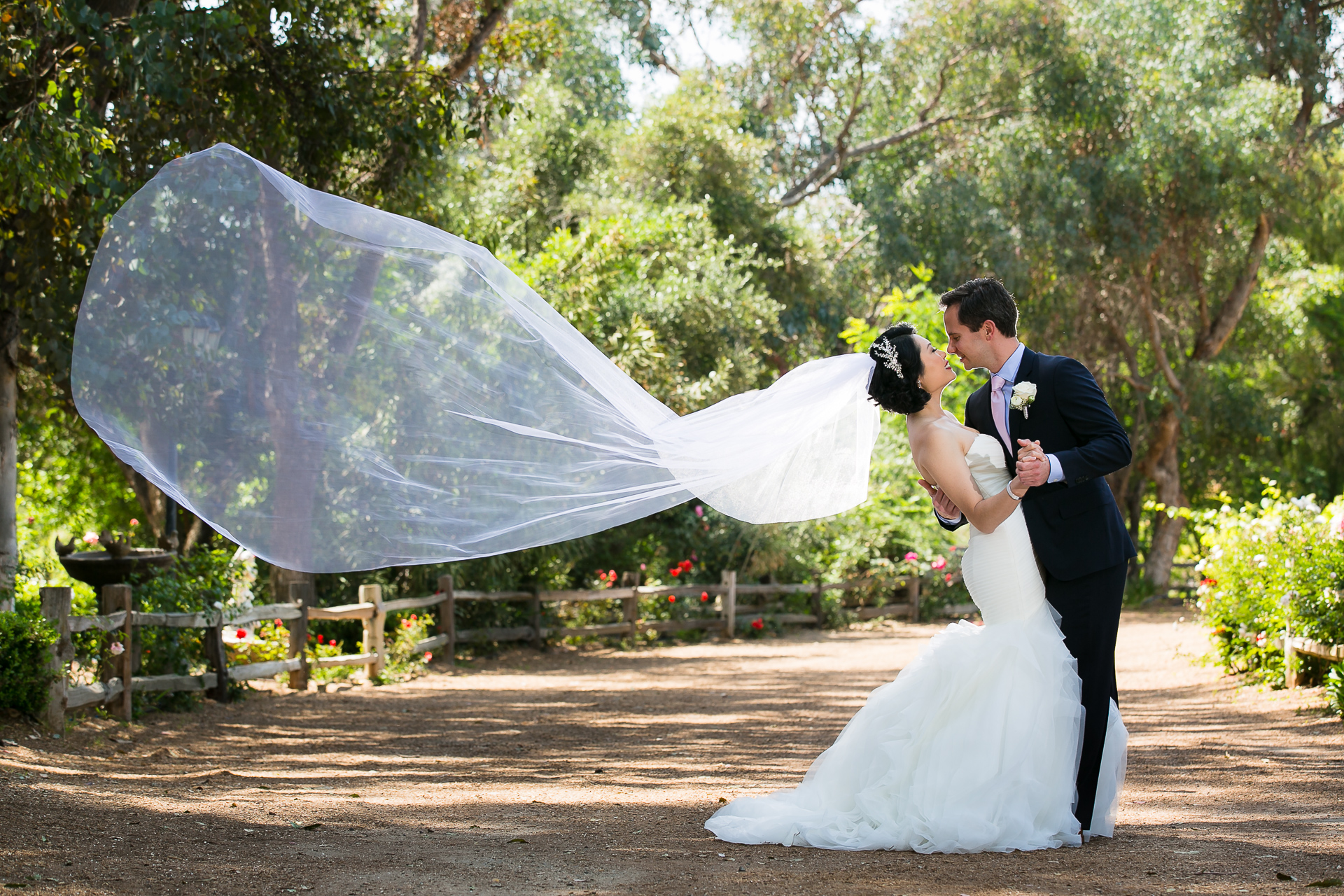 Temecula Wedding Photography: Gorgeous Lake Oak Meadows Temecula Wedding