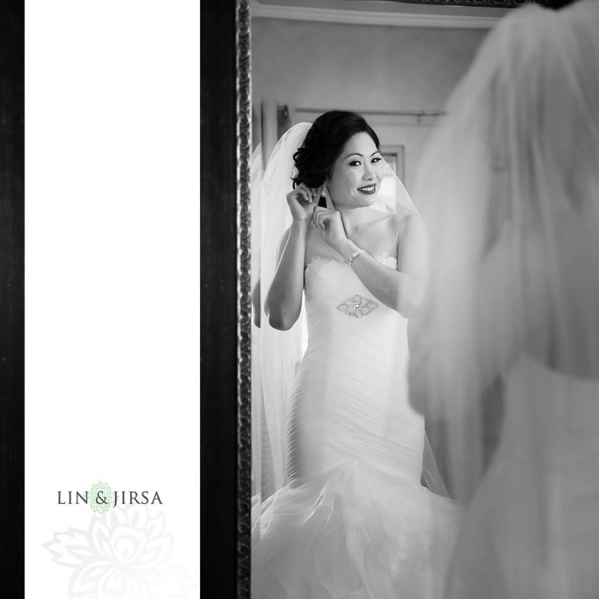04-lake-oak-meadows-temecula-wedding-photographer-getting-ready-photos