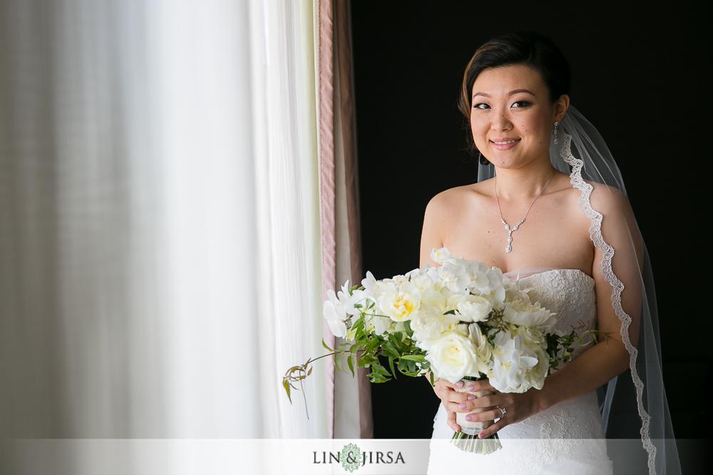 06-st-regis-monarch-beach-wedding-photographer-bride-groom-getting-ready-photos