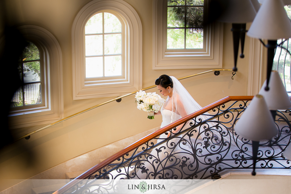 13-st-regis-monarch-beach-wedding-photographer-first-look-wedding-party-couple-session-photos