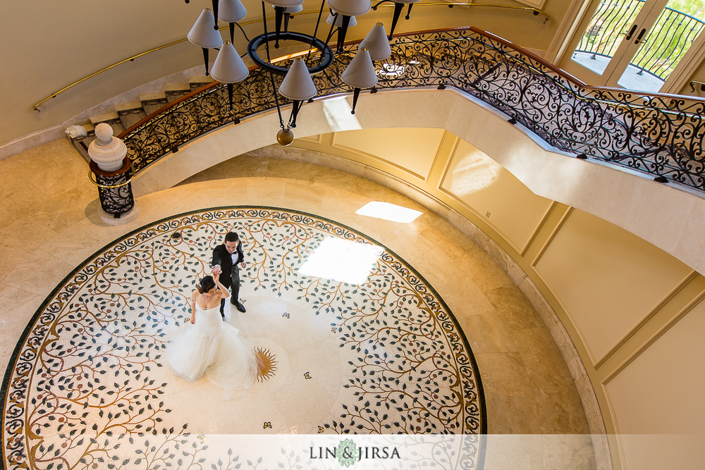 14-st-regis-monarch-beach-wedding-photographer-first-look-wedding-party-couple-session-photos
