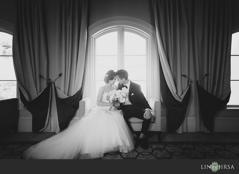 17-st-regis-monarch-beach-wedding-photographer-first-look-wedding-party-couple-session-photos