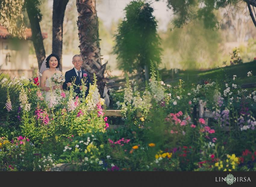 20-lake-oak-meadows-temecula-wedding-photographer-wedding-ceremony-photos