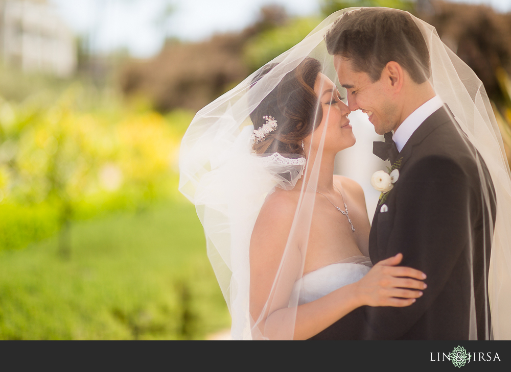 21-st-regis-monarch-beach-wedding-photographer-first-look-wedding-party-couple-session-photos