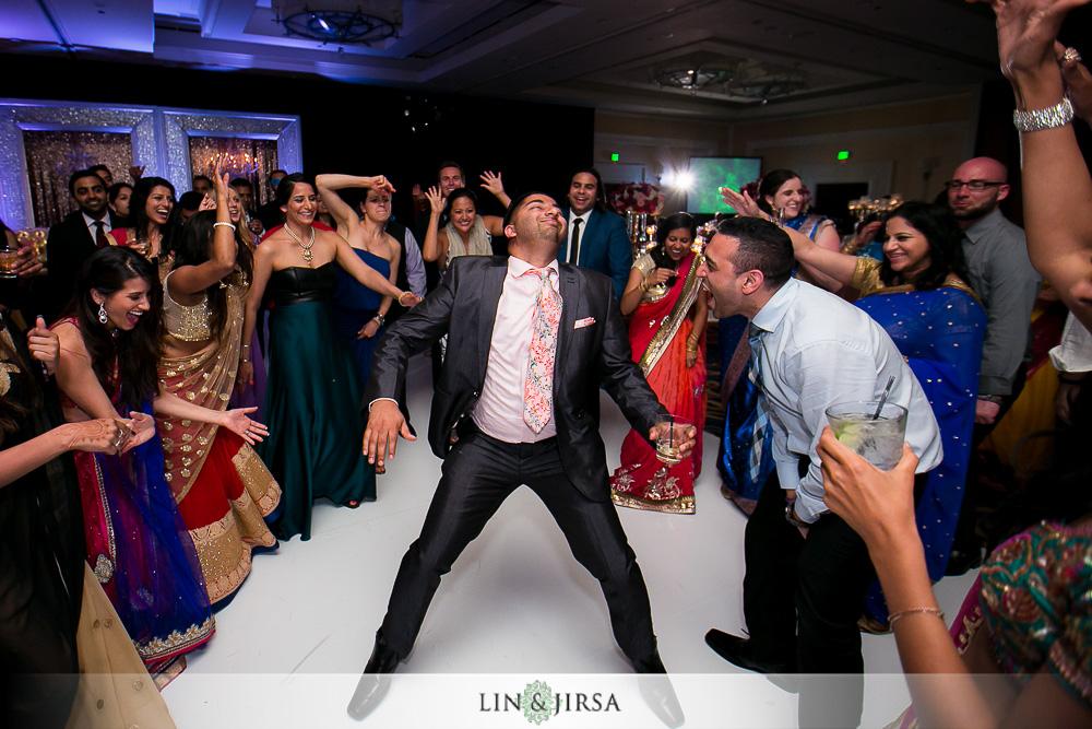 42-laguna-cliffs-marriott-indian-wedding-photographer-wedding-reception-photos