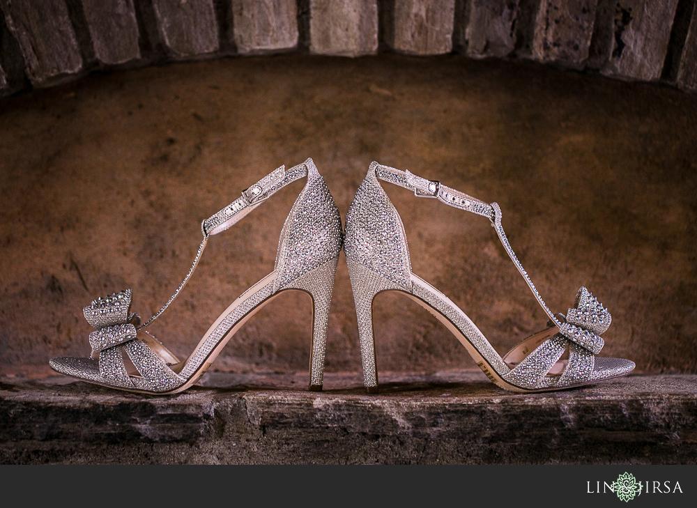 01-hummingbird-nest-ranch-wedding-photographer-getting-ready-photos