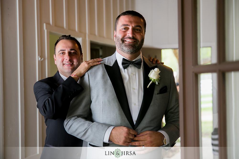 04-hummingbird-nest-ranch-wedding-photographer-getting-ready-photos