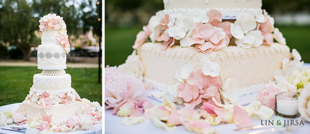 27-hummingbird-nest-ranch-wedding-photographer-reception-photos