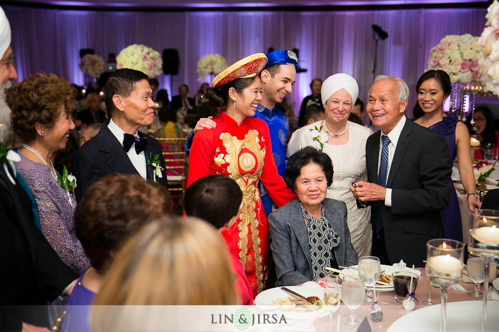 36-earl-burns-miller-japanese-garden-wedding-photographer-wedding-reception-photos