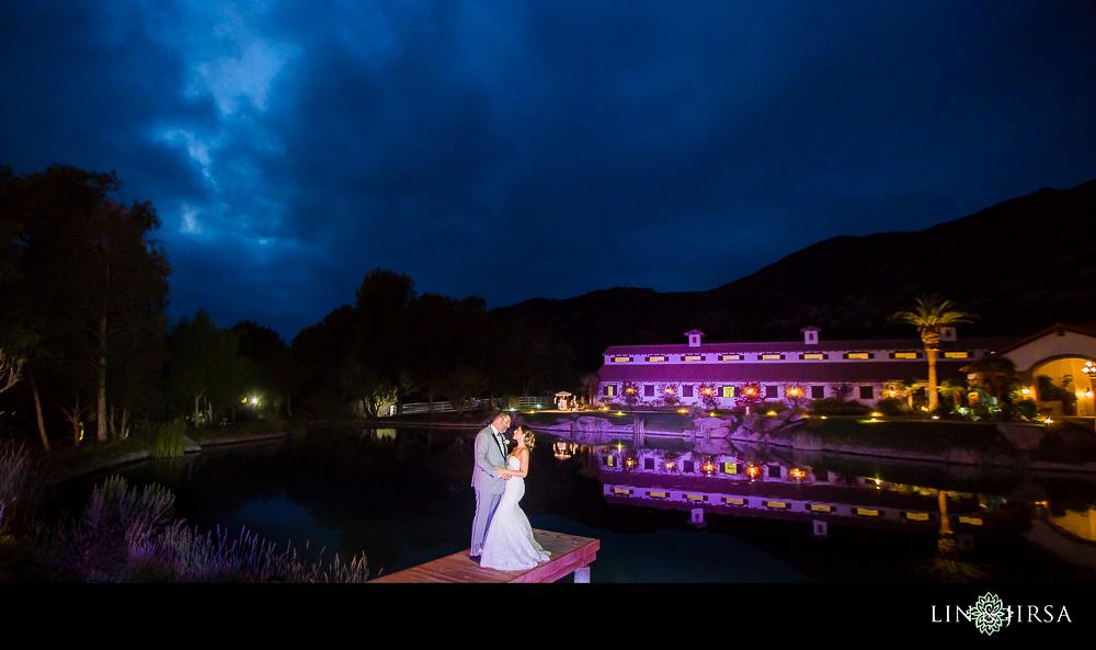 51-hummingbird-nest-ranch-wedding-photographer-reception-photos