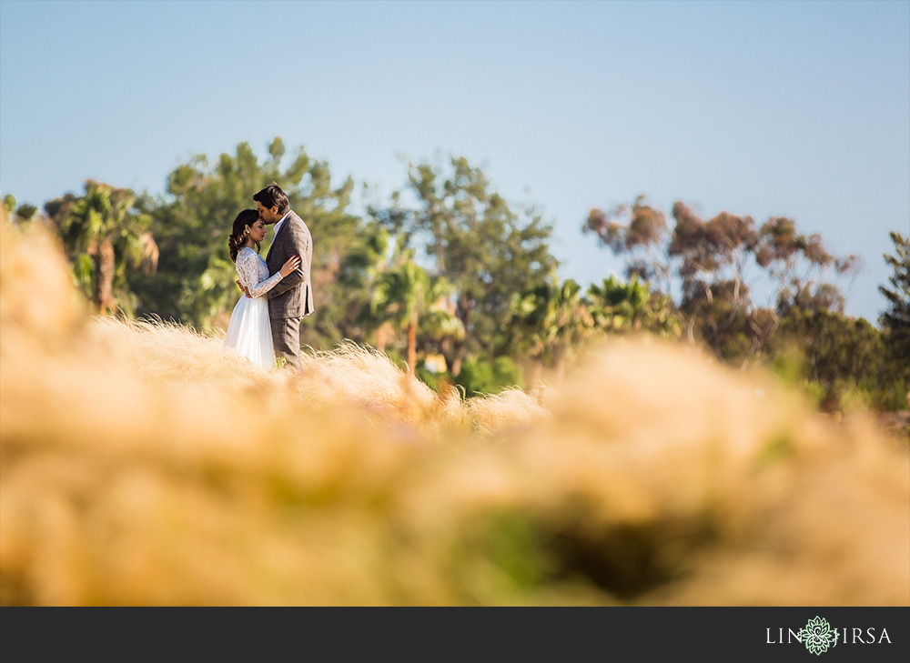 04-orange-county-park-beach-engagement-photos