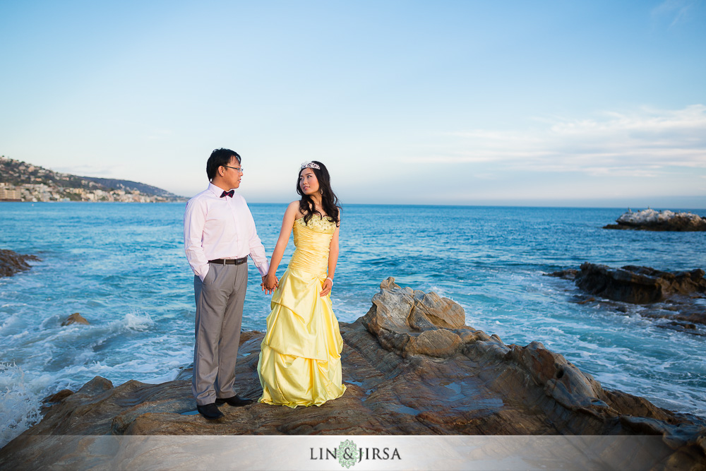 11-laguna-beach-engagement-photos