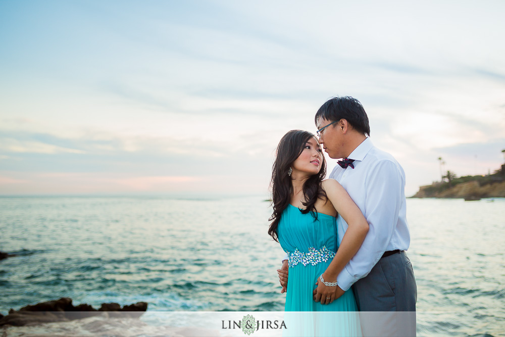 12-laguna-beach-engagement-photos