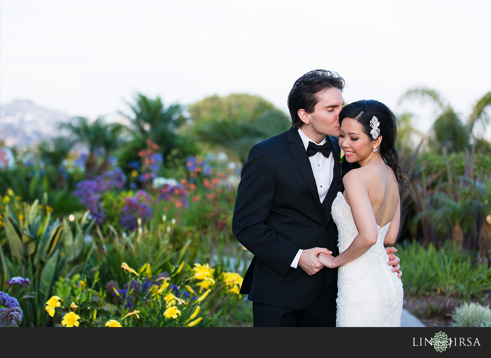 21-laguna-cliffs-marriott-wedding-photographer-couple-session-photos