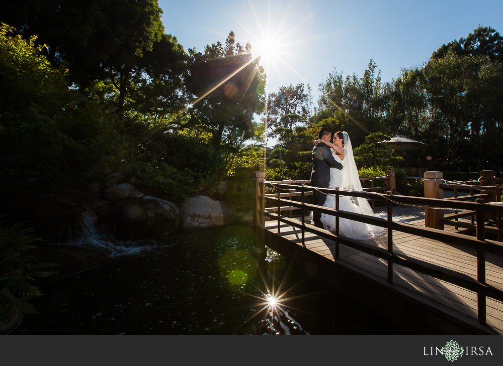 23-earl-burns-miller-japanese-garden-wedding-photographer-couple-session-wedding-party-photos