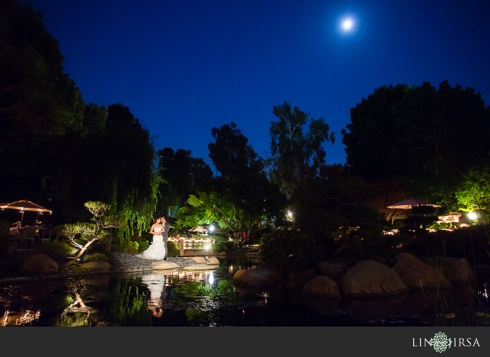 47-earl-burns-miller-japanese-garden-wedding-photographer-couple-session-wedding-reception-photos