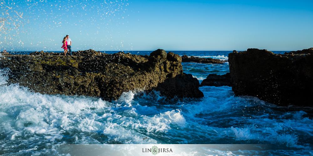 04-laguna-beach-engagement-photography