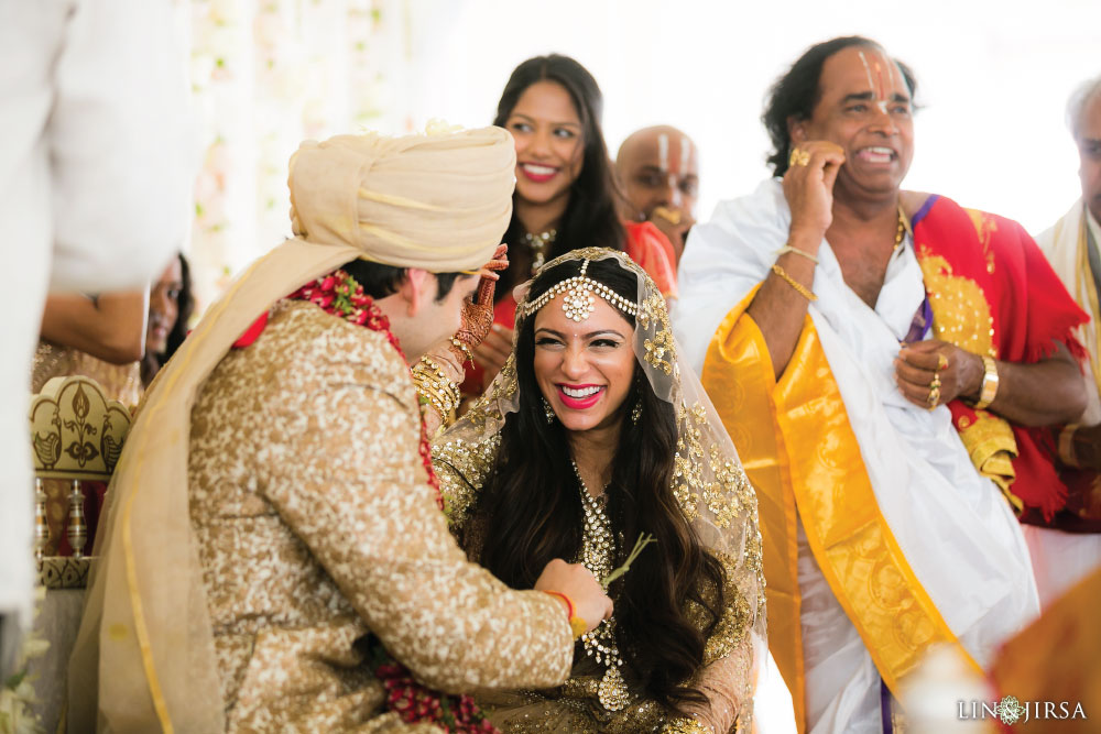 28-Huntington-Beach-Hyatt-Indian-Wedding-Photography