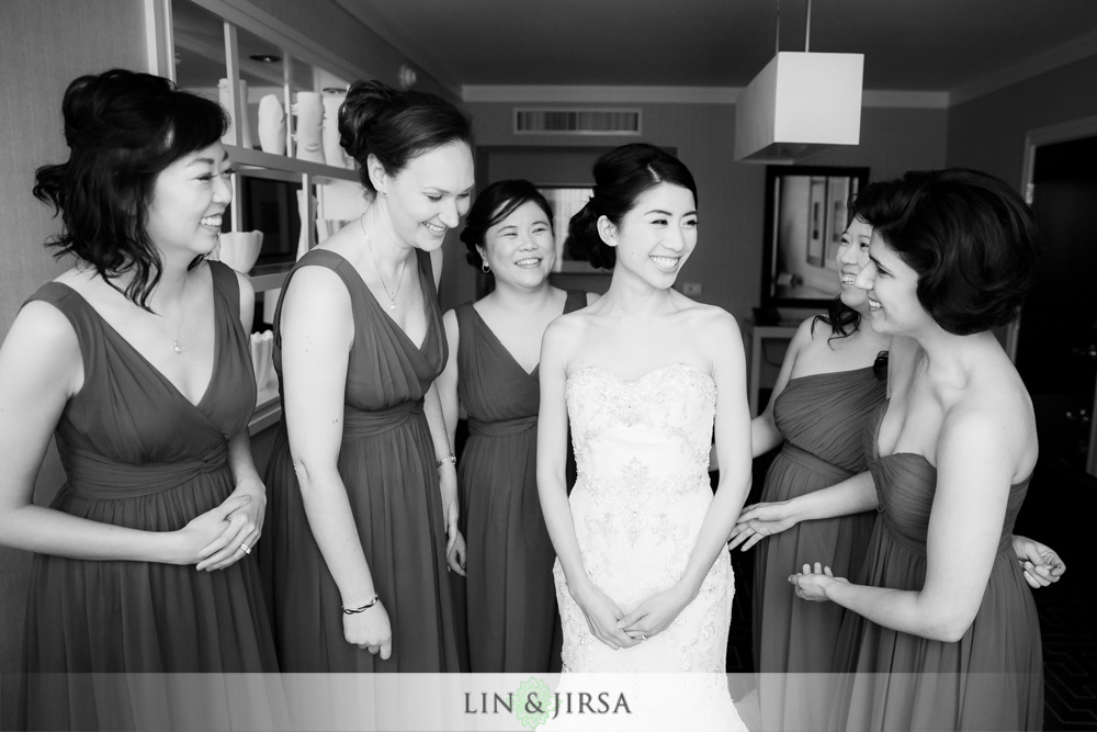 06-the-room-on-main-wedding-photography-getting-ready-photos