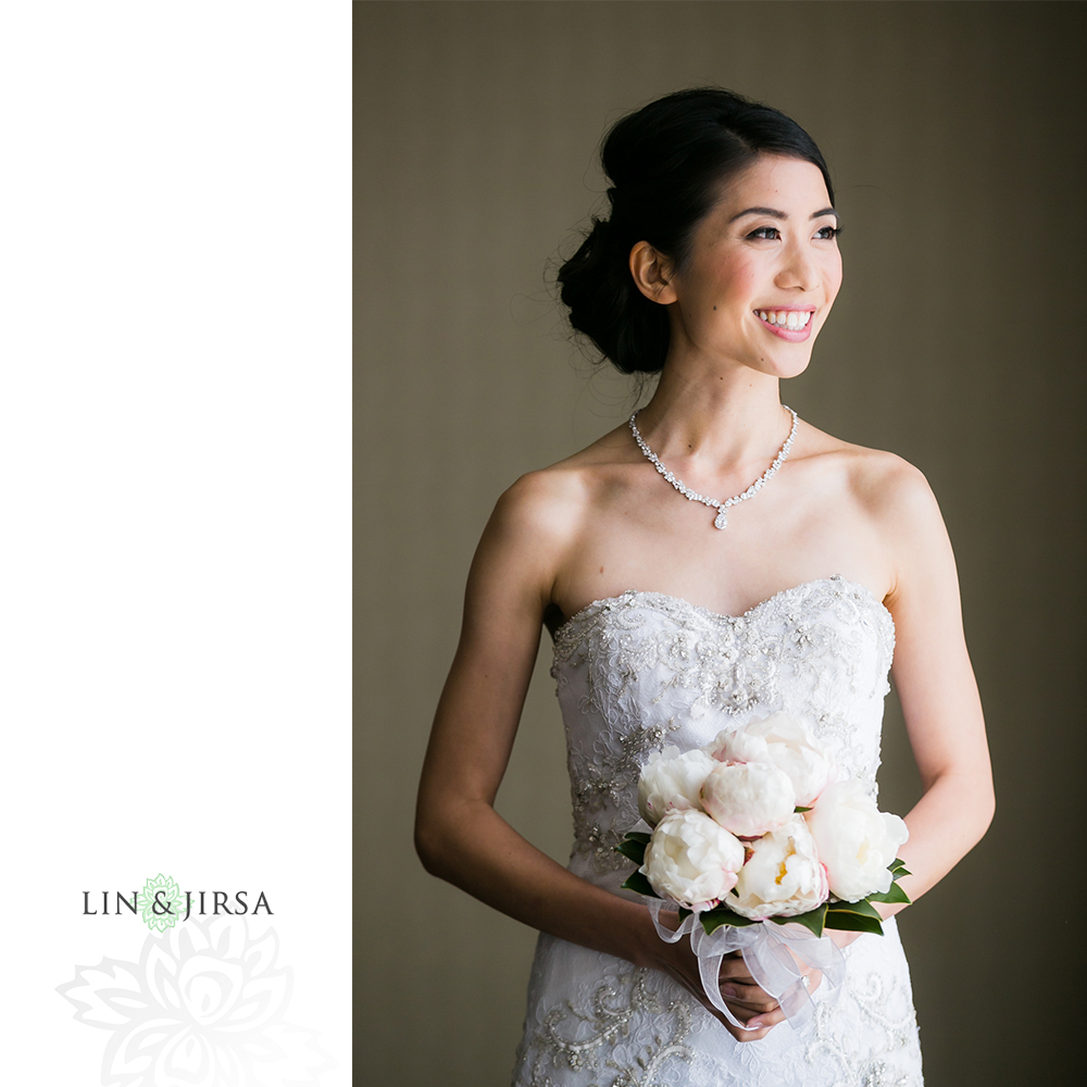 09-the-room-on-main-wedding-photography-getting-ready-photos