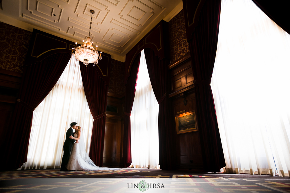 16-the-los-angeles-athletic-club-los-angeles-wedding-photographer-couple-session-photos