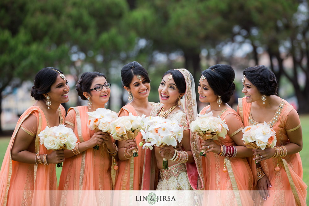 20-laguna-cliffs-marriott-indian-wedding-photographer-wedding-party-photos