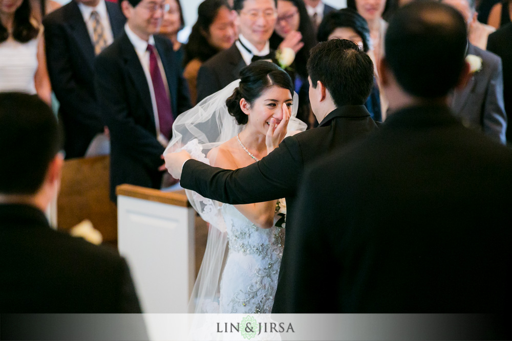 23-the-room-on-main-wedding-photography-wedding-ceremony-photos