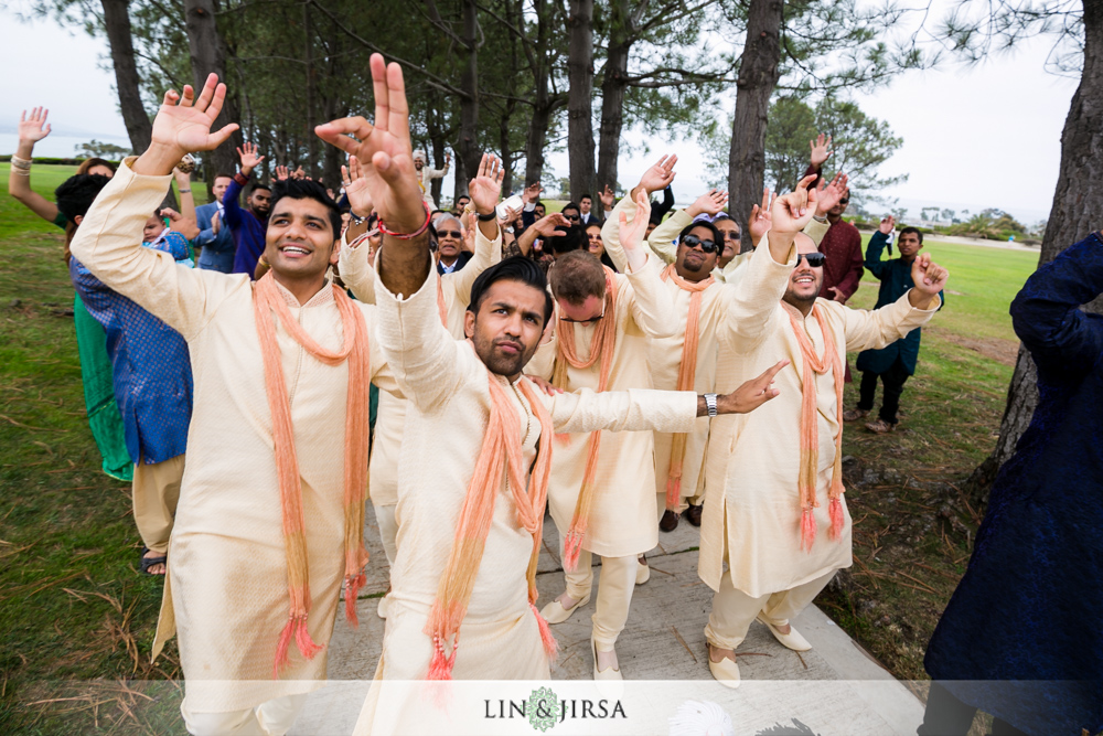26-laguna-cliffs-marriott-indian-wedding-photographer-wedding-ceremony-photos