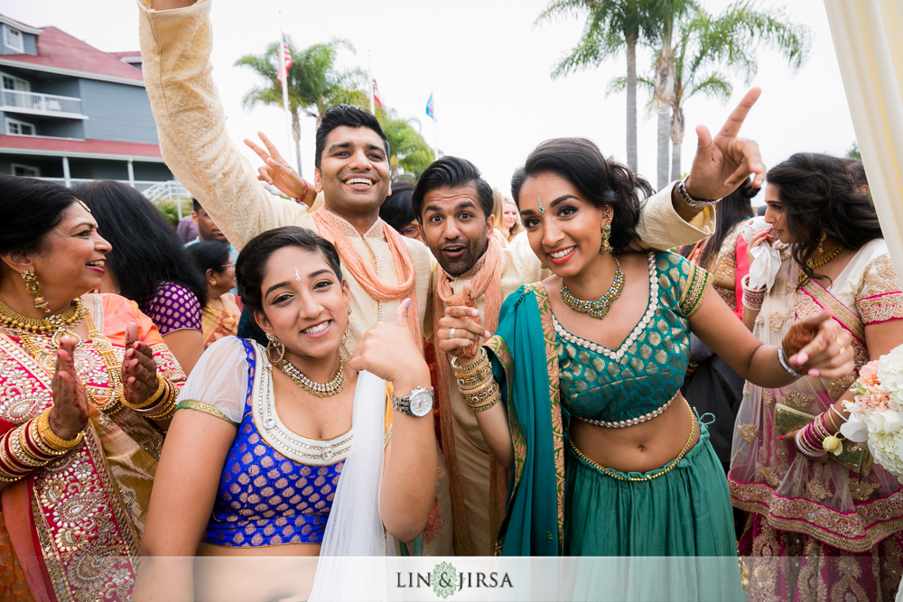 32-laguna-cliffs-marriott-indian-wedding-photographer-wedding-ceremony-photos