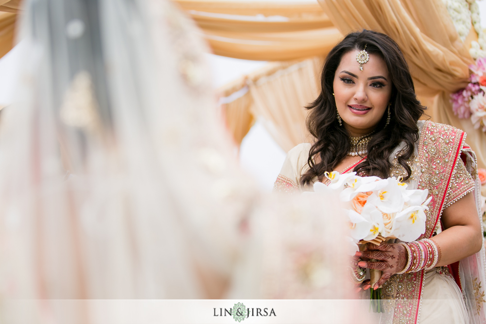 35-laguna-cliffs-marriott-indian-wedding-photographer-wedding-ceremony-photos
