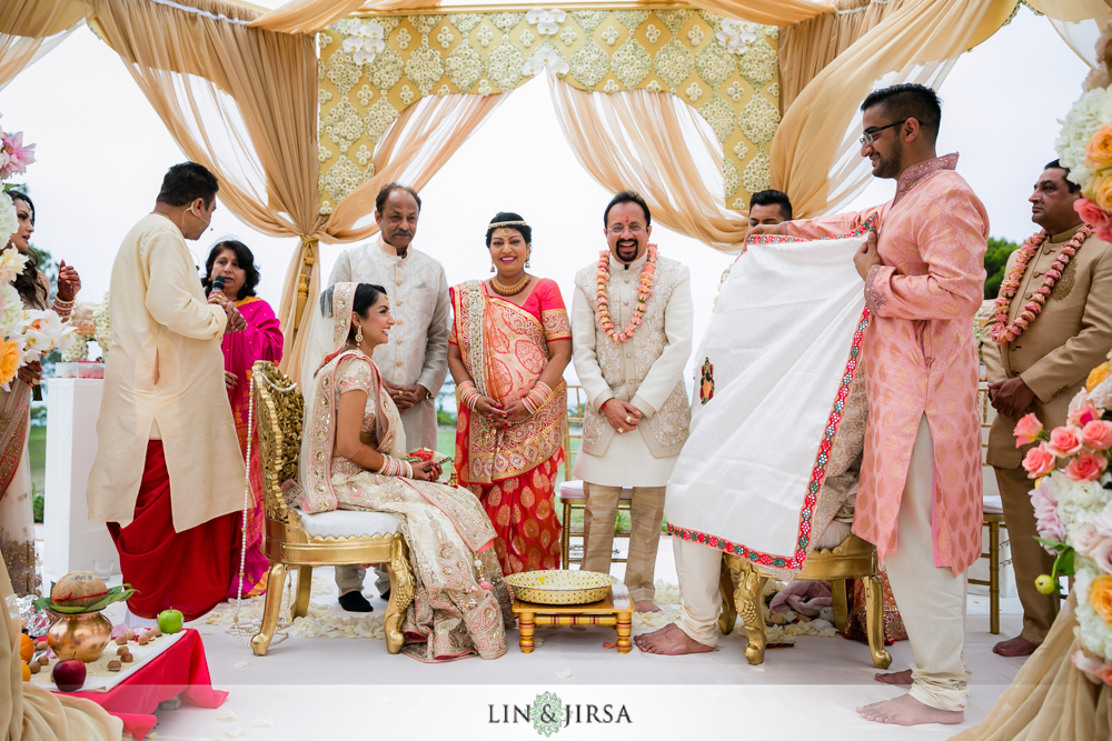 36-laguna-cliffs-marriott-indian-wedding-photographer-wedding-ceremony-photos