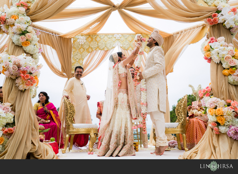 38-laguna-cliffs-marriott-indian-wedding-photographer-wedding-ceremony-photos