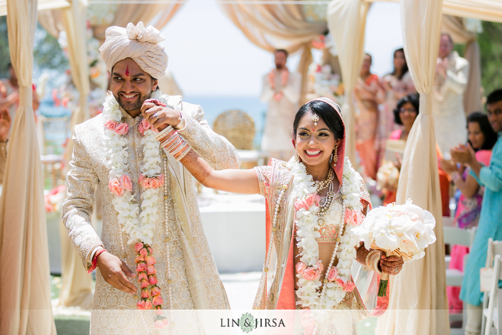 42-laguna-cliffs-marriott-indian-wedding-photographer-wedding-ceremony-photos