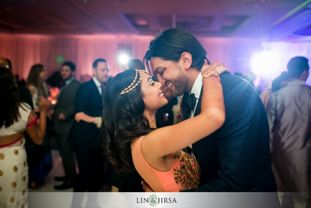 64-laguna-cliffs-marriott-indian-wedding-photographer-wedding-reception-photos