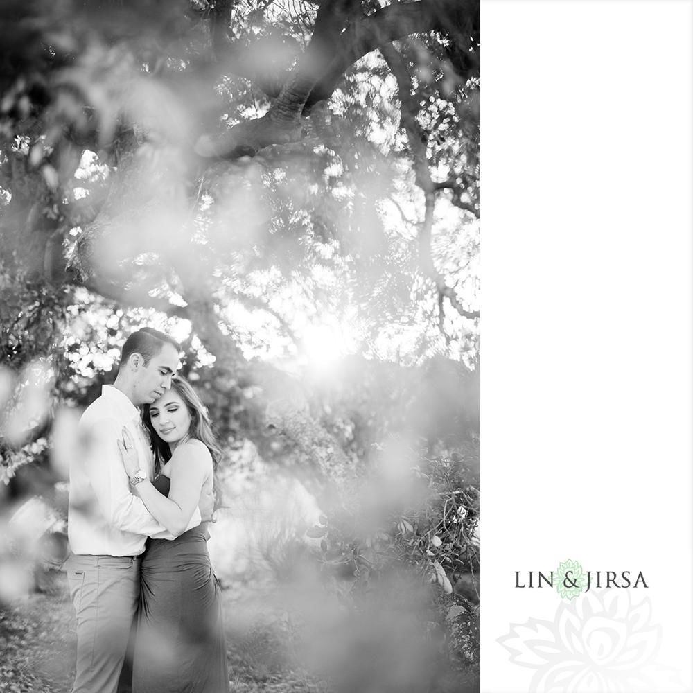 30-Thomas-F-Riley-Wilderness-Park-Engagement-Photos