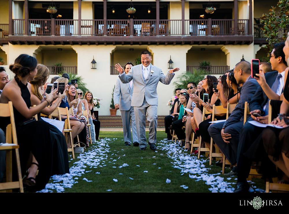 21-Estancia-La-Jolla-Hotel-Wedding-Photos