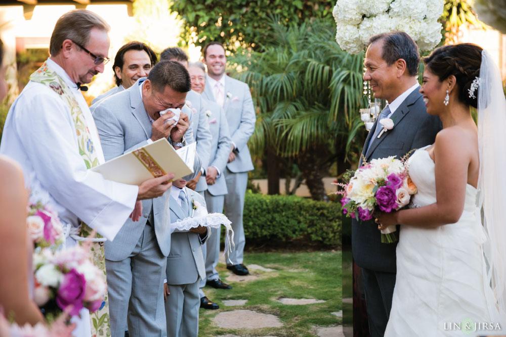 24-Estancia-La-Jolla-Hotel-Wedding-Photos