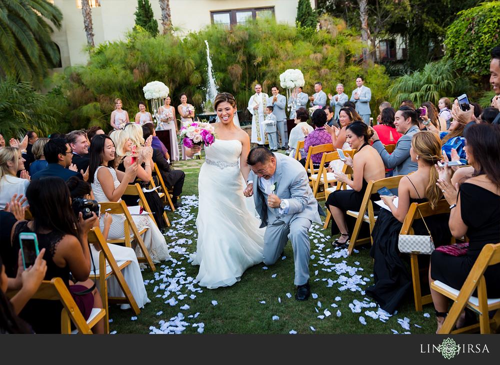 28-Estancia-La-Jolla-Hotel-Wedding-Photos