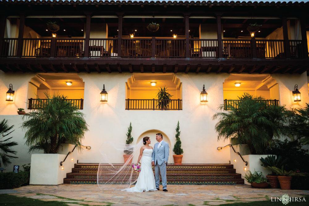 32-Estancia-La-Jolla-Hotel-Wedding-Photos