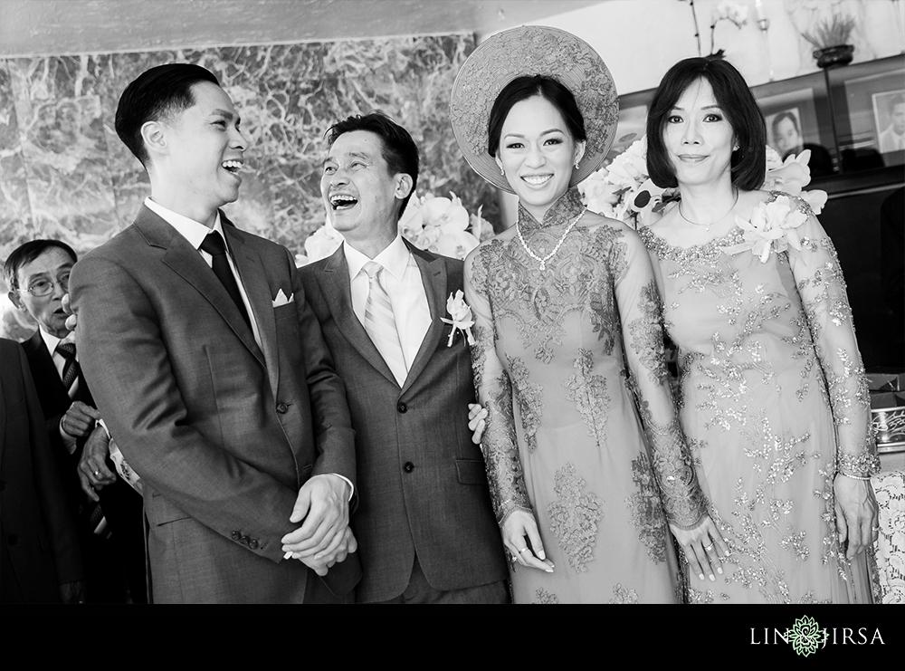07-Hilton-Costa-Mesa-Wedding-Photography